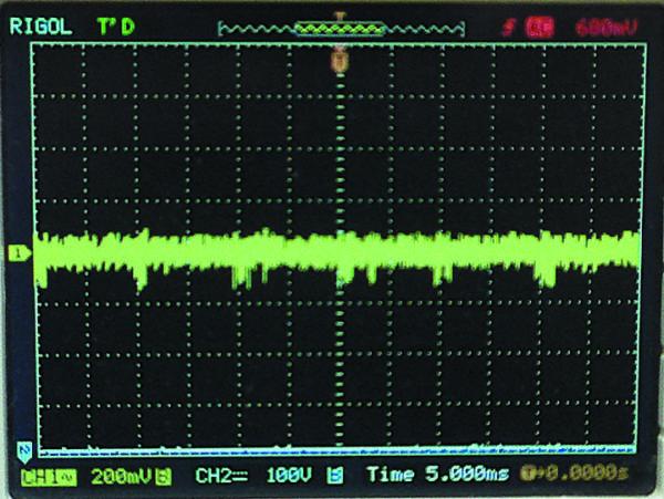 Пульсация на выходе 12 В при входном напряжении 460 В