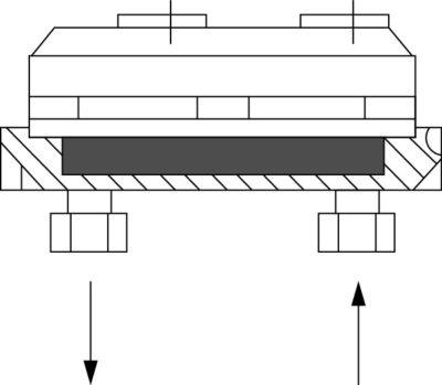 Охладитель с установленным силовым IGBT-модулем, с размерами корпуса 140130 мм, вид сбоку