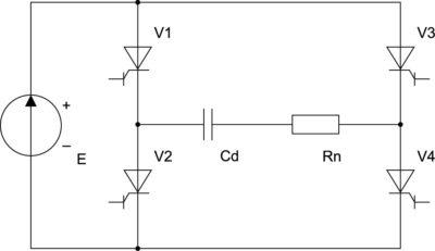 Однофазный мостовой согласованный инвертор с демпферным (балластным) конденсатором и открытым входом