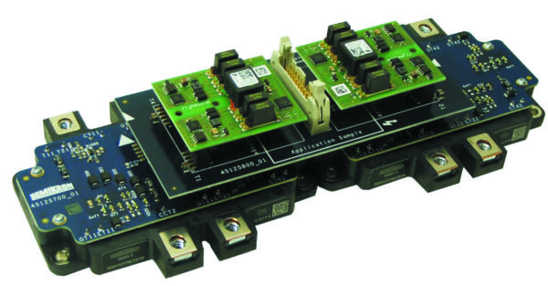 Пример реализации фазной стойки 3L-инвертора на двух параллельных модулях SEMiX 5 в конфигурациях TNPC и NPC.  См. [9] — техническое описание платы SEMiX5 1200V Parallel Driver Kit и [10] — техническое описание платы SEMiX5 1200В MLI Parallel Driver Kit