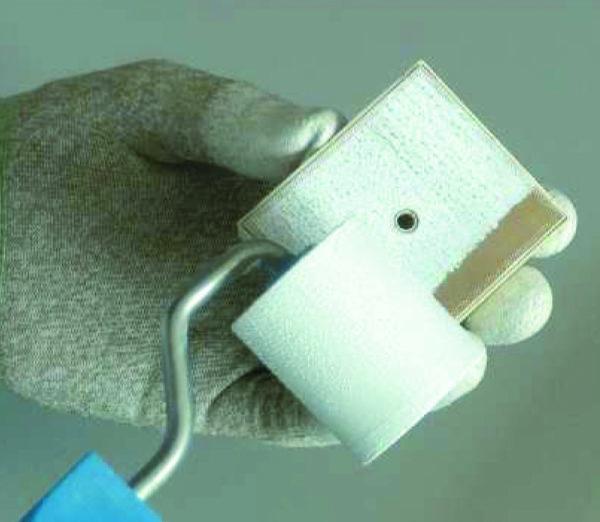 Нанесение термопасты на модуль MiniSKiiP