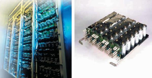 Так выглядит сердце системы SITRAS SES - легко можно узнать конденсаторы BOOSTPCAP емкостью  2600 Ф