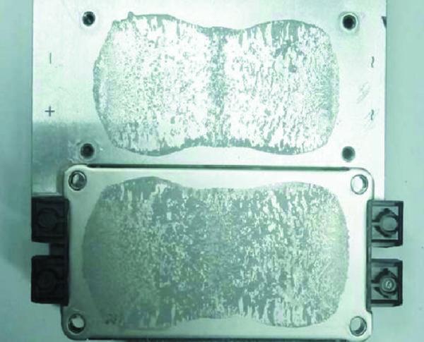След термопасты на демонтированном модуле и радиаторе после трех термоциклов +20/+85 °С (оптимальный вариант)
