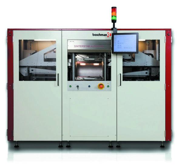 Inline-F-XL-HC — полностью автоматическая система спекания серебра со станцией предварительного нагрева и охлаждения