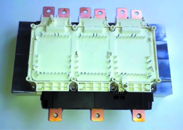 Модуль HPDrive с расширенными ламелями, которые позволяют выполнить подключение датчика тока, например LEM HAH3DR 800-S07, как это показано на рисунке