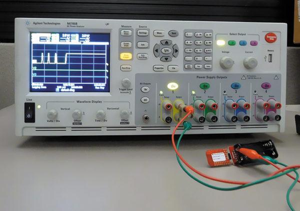 Процедура измерения потребляемого тока процессора MSP430 и ВЧ-трансивера CC2500 (внизу справа)