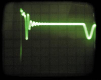 Осциллограмма напряжения на стоке ключа после введения RC-цепочки во вспомогательную обмотку обратноходового преобразователя