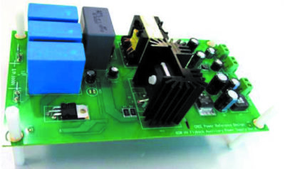 Плата вспомогательного импульсного блока питания 60 Вт с использованием силового ключа 1700-В SiC МОП-транзистора и активной схемой запуска