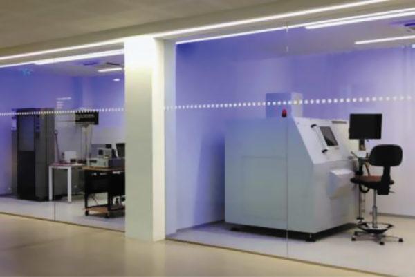 Лаборатория надежности в новой штаб-квартире RECOM в Гмундене (Австрия), где в экстремальных условиях были проведены HAL-испытания нового семейства REDIN
