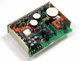 Внешний вид DC/AC-преобразователя серии DAX без защитного кожуха