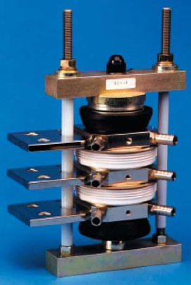 Конструкция с жидкостной системой охлаждения (одна фаза)