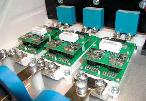 Внешний вид 3-фазной сборки SEMiX 703 GB126HD +плата адаптера+ SKYPER Pro