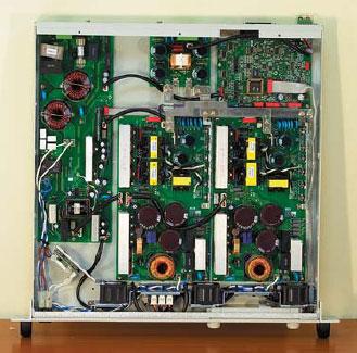 Внешний вид программируемого ИВЭ GEN300-5 (защитная крышка снята)