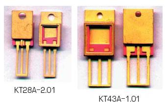 Рис. 5. Внешний вид металлокерамических корпусов типа КТ28ДА и КТ43В