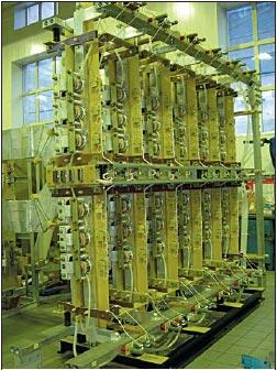 Рис. 3. Тиристорный выпрямительный блок 40 кА, 1000 В