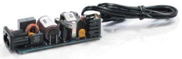 Демонстрационная плата адаптера мощностью 45Вт, выполненная втопологии обратноходового преобразователя сиспользованием транзистораIPA80R450P7 семейства CoolMOSP7
