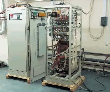Преобразователь частоты установки ИНТ-400-1,0(справа)